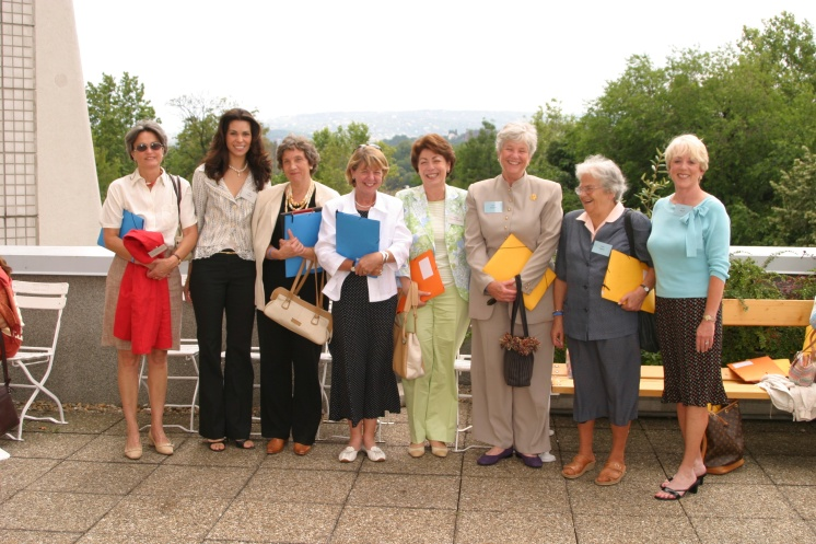 With ambassadros wifes- Anna Tardos and Laura Briely, Budapest 2005